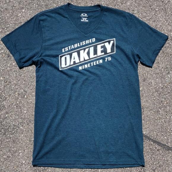 Oakley Other - Oakley Men's tee Established 1975 t-shirt